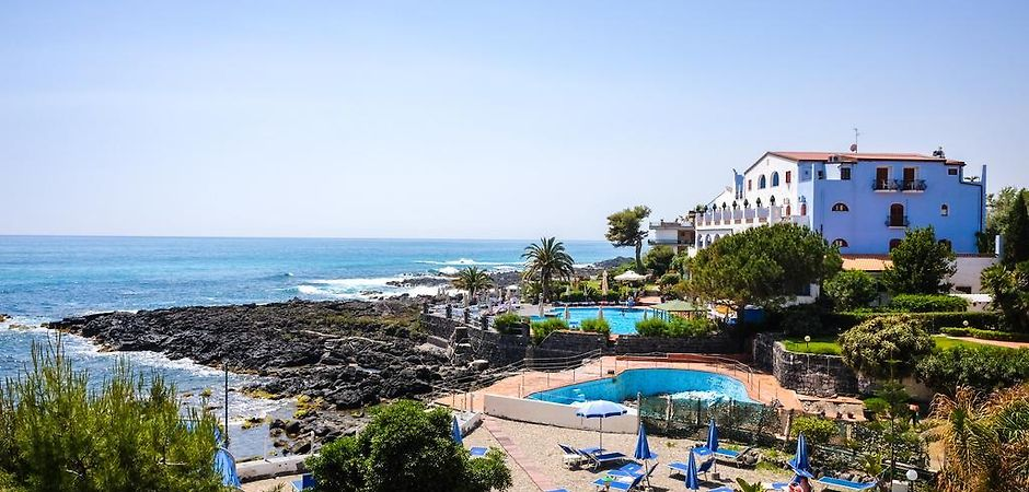 Hotel Giardino Dei Greci Giardini Naxos Messina Book Now